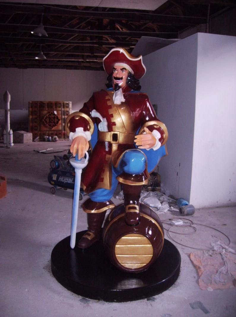 海盗人物玻璃钢雕塑