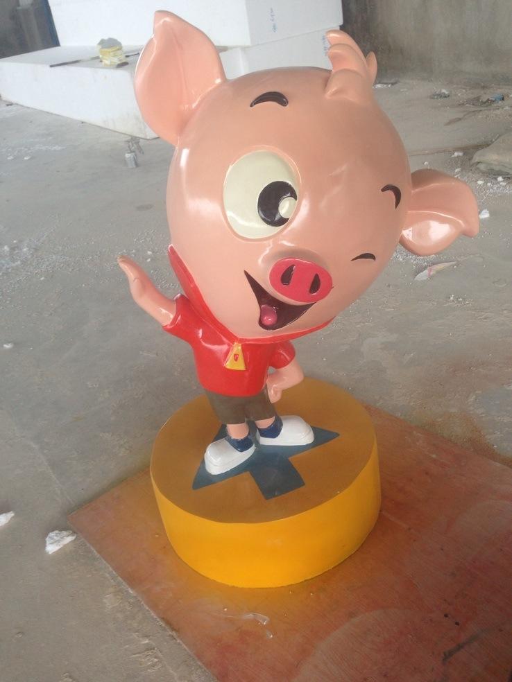 小猪卡通玻璃钢雕塑