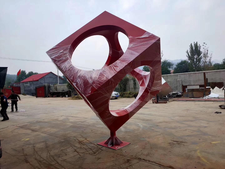 广场立体方块旋转不锈钢雕塑