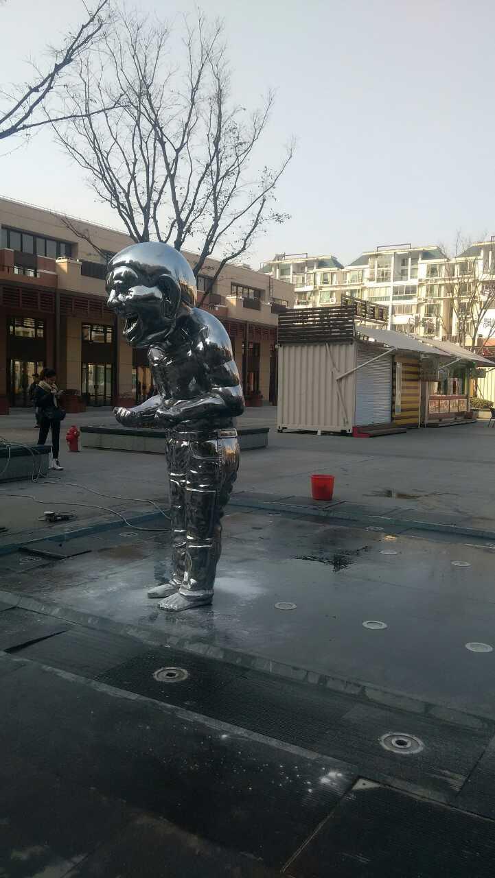 玻璃钢搞怪人物雕塑