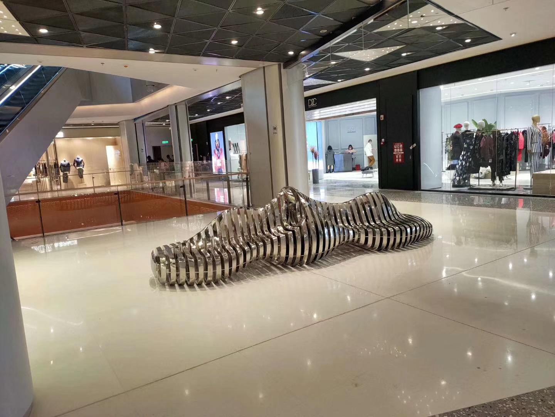 不锈钢雕塑为什么颇受欢迎?