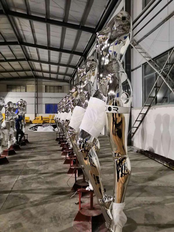 不锈钢雕塑底座的作用是什么?